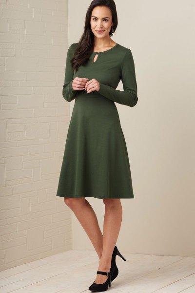 green long sleeve knee length a line dress