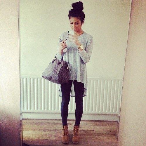 heather grey high low t shirt black leggings