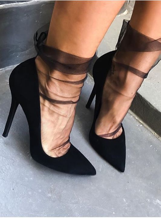 tulle socks black pumps
