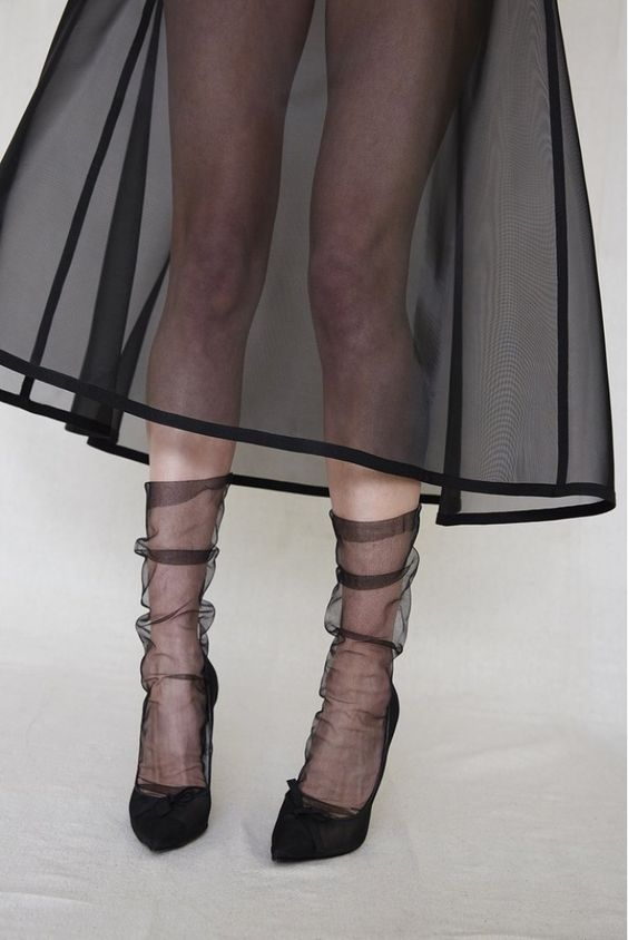 tulle socks transparent trend