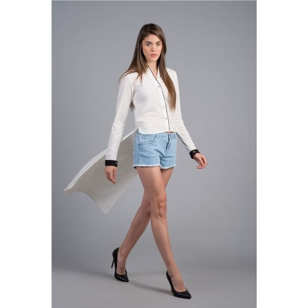 white chiffon shirt denim shorts