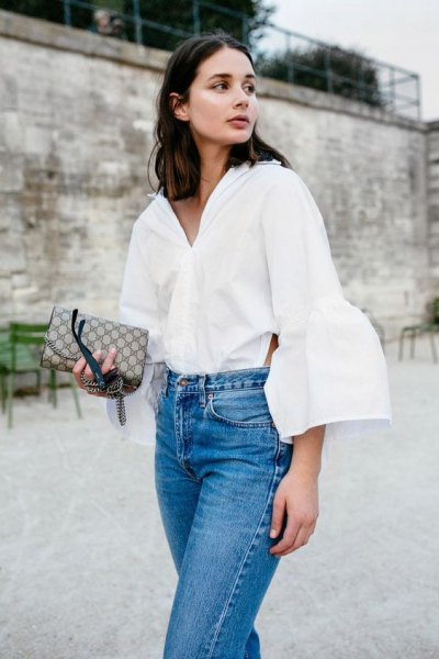white puff sleeve button up shirt mom jeans