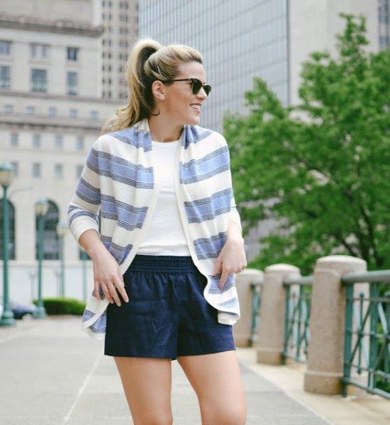 blue and white shrug navy shorts