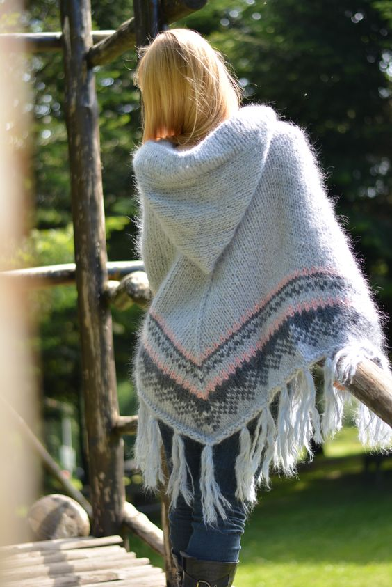 hooded poncho knitted