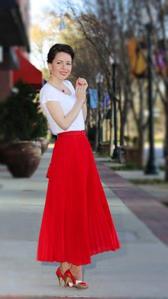 red maxi pleated skirt white chiffon t shirt