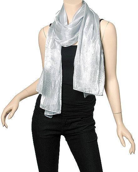 silver shawl with all black outfit