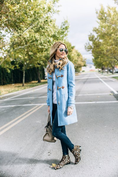 sky blue long trench coat skinny jeans