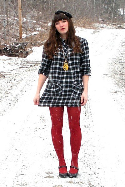wear with red leggings