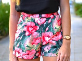 best floral shorts outfit ideas