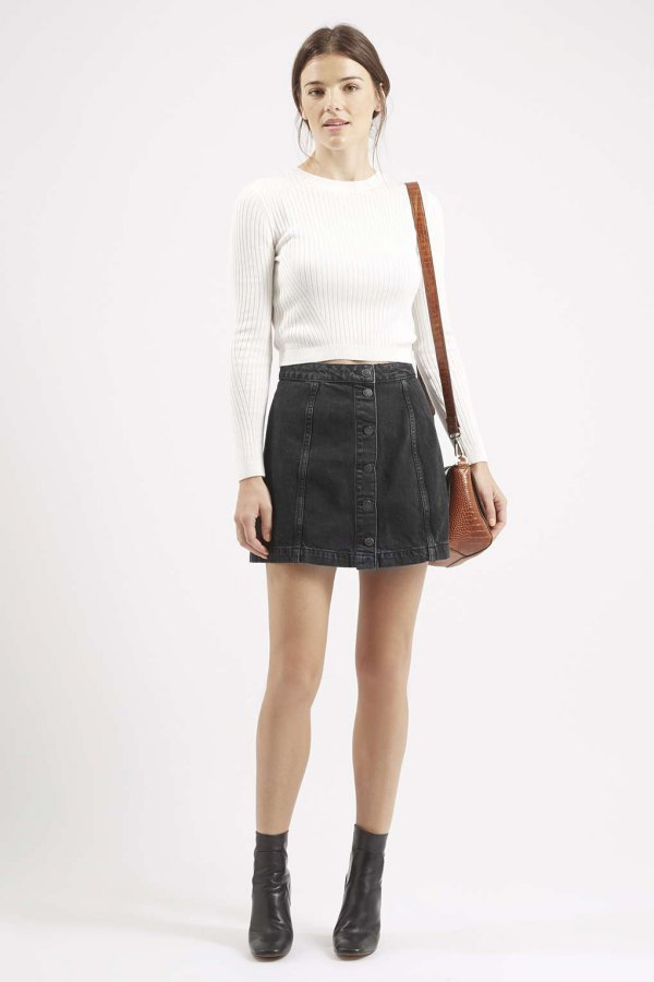 18d8be0725a Swap Your Summer Looks for These Black Denim Skirt Outfits. best black  denim skirt outfit ideas