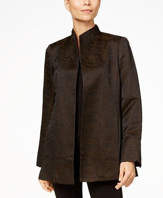 black high collar silk jacket with t shirt and skinny jeans
