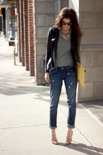 black leather blazer with grey tee and cuffed skinny jeans