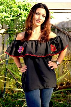 black off shoulder mexican peasant blouse skinny jeans
