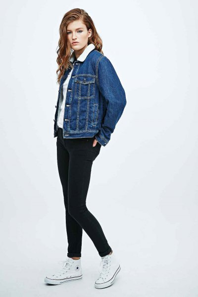 blue denim jacket with white tee and black skinny jeans