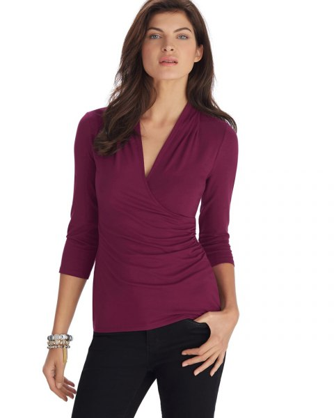 burgundy long sleeve ruched top black skinny jeans