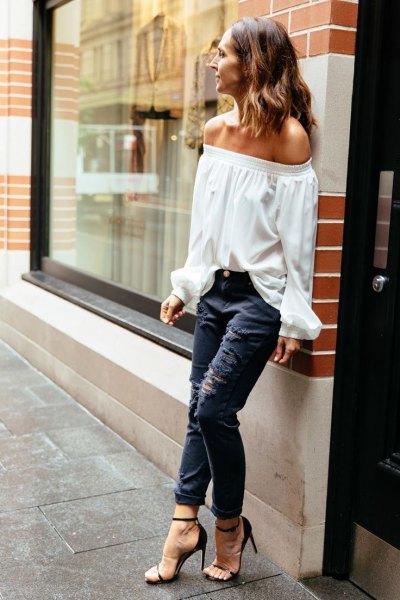 dark blue ripped skinny jeans black heels
