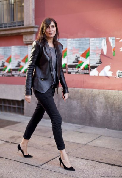 leather blazer with grey tee and black skinny cropped jeans