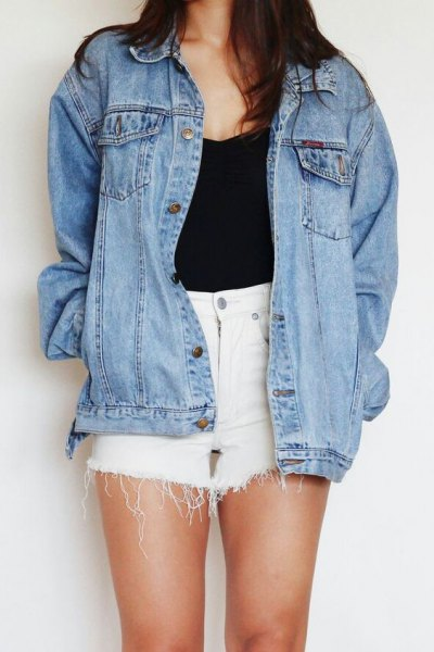 white denim fringe shorts black top boyfriend denim jacket