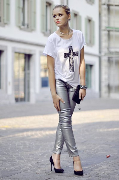 white oversized print tee with silver leggings ballet heels