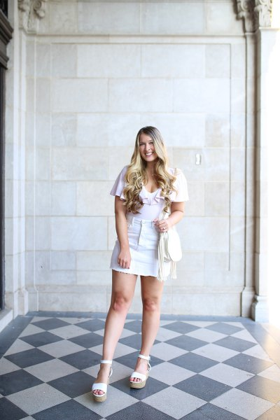 white t shirt with mini skirt and heeled sandals