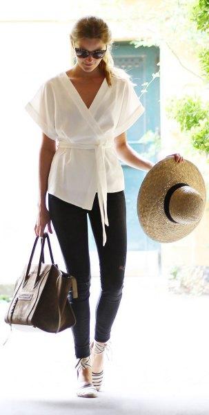 white tie waist wrap kimono with black skinny jeans