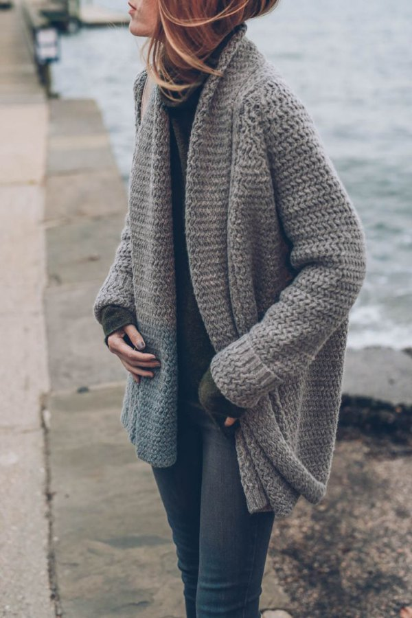 4ae97f4db0 How to Style Chunky Knit Cardigan  15 Lovely Outfit Ideas - FMag.com