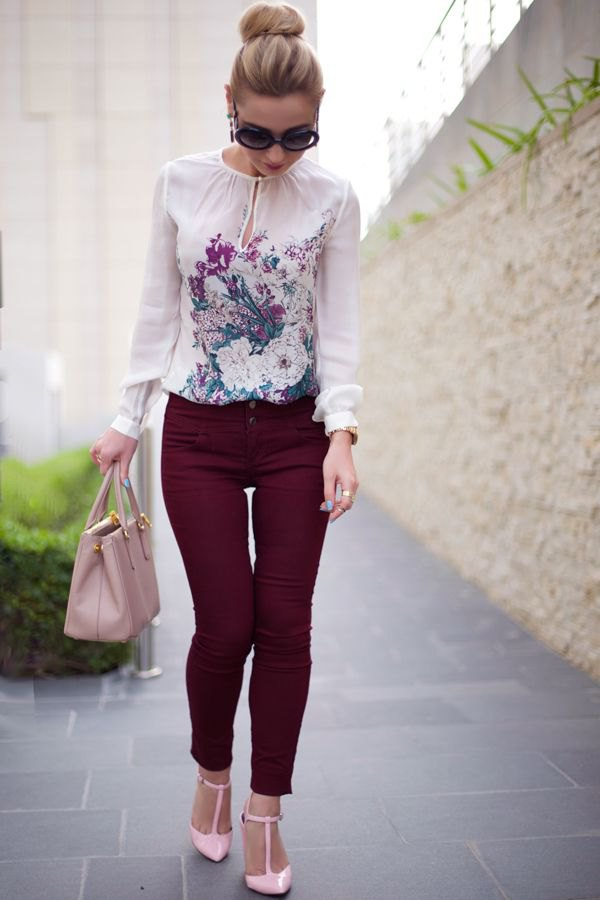 best floral blouse outfit ideas