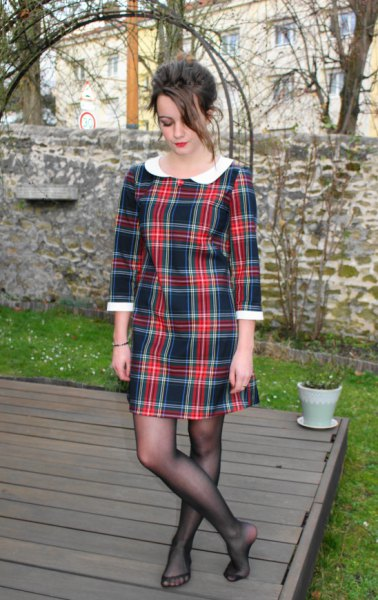 black and red tartain white collar mini dress