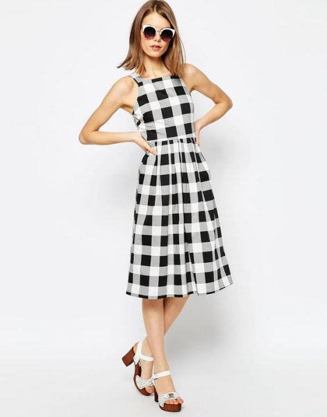 checkered sleeveless gathered waist midi flared dress