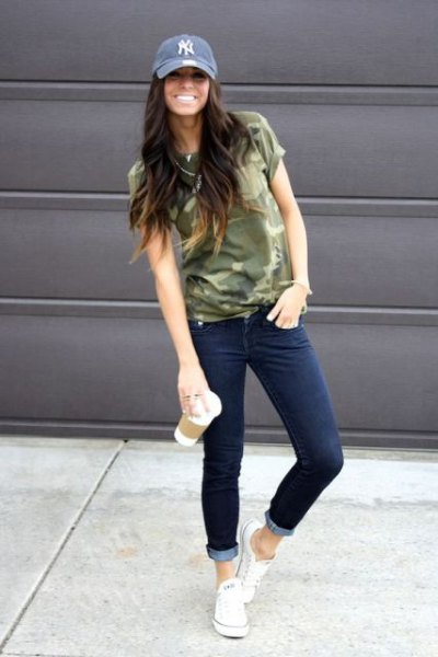 denim hat with camo t shirt and jeans