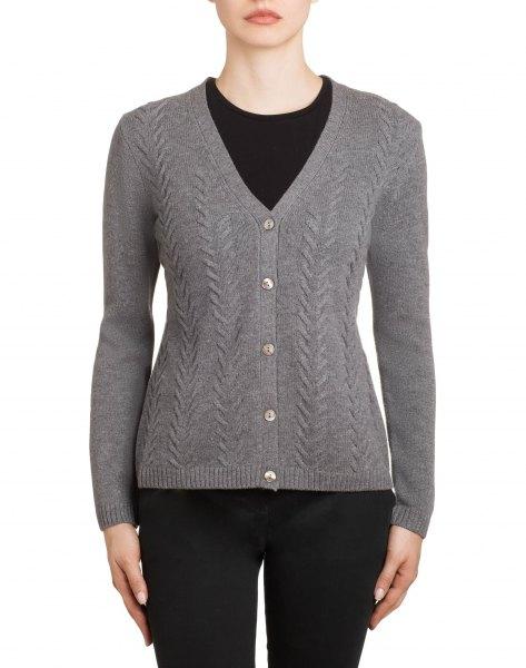 grey textured v neck cardigan with black skinny jeans