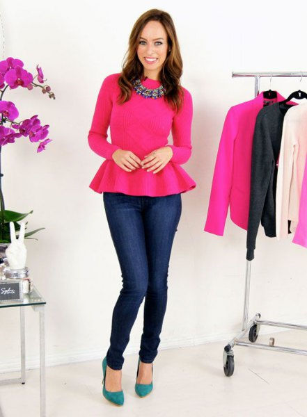 neon pink peplum sweater with dark blue skinny jeans