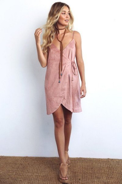 pink mini shit wrap dress with long choker