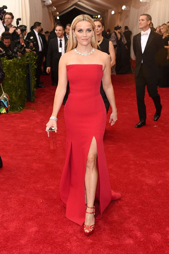 red strapless dress red carpet