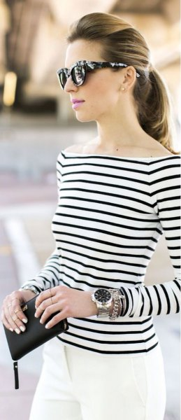 striped boat neck top with white skinny jeans