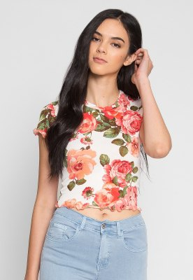 white and blush pink floral printed cropped t shirt with light blue jeans