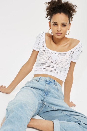 white crochet lace cropped top with light blue boyfriend jeans