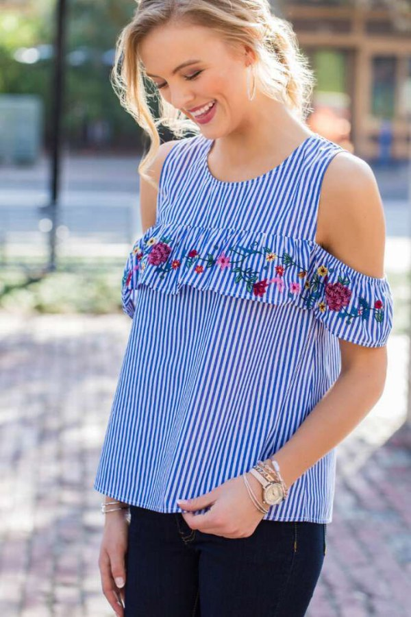 best cold shoulder blouse outfit ideas