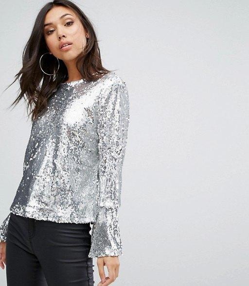 526ec0582f3aa9 How to Wear Silver Blouse: 15 Shiny & Classy Outfit Ideas. best silver  blouse outfit ideas