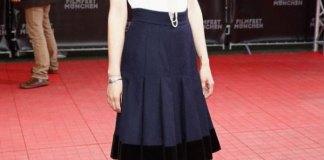 best navy skirt outfit ideas