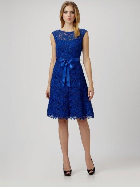 blue sleeveless knee length ribbon belt skater dress