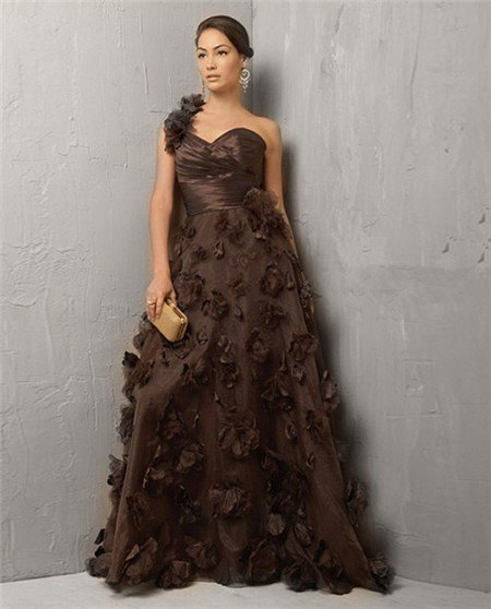 chocolate brown strapless fit and flare floor length prom dress