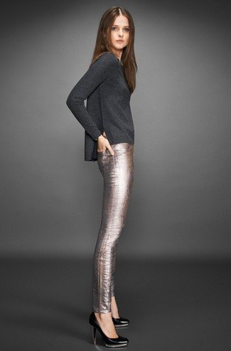 grey long sleeve t shirt with silver skinny pants