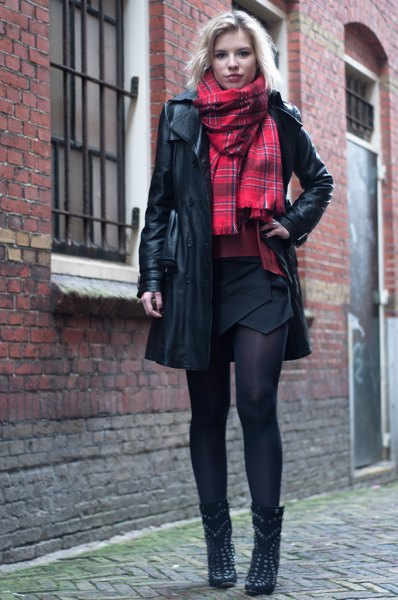 How To Style Leather Trench Coat 15 Stylish Outfit Ideas