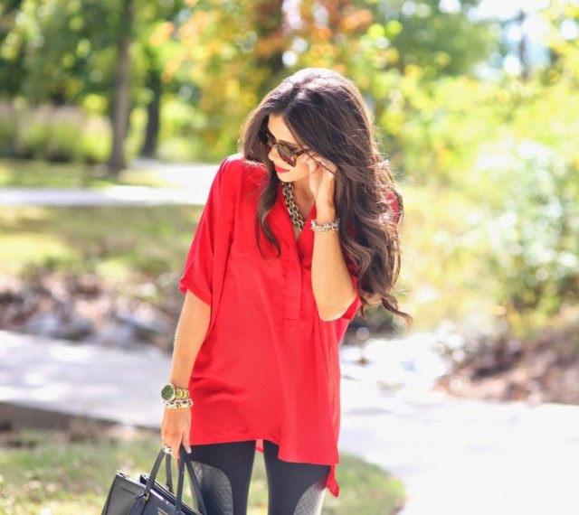 red half sleeve tunic top with black leggings