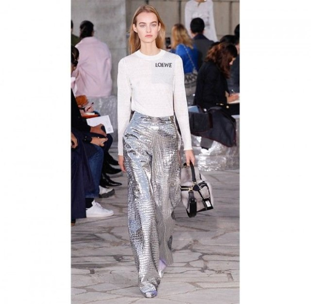 white long sleeve print tee with silver wide leg pants
