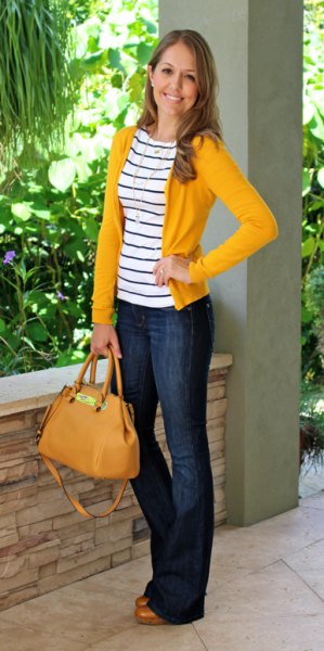 yellow cardigan with black and white striped tee and jeans