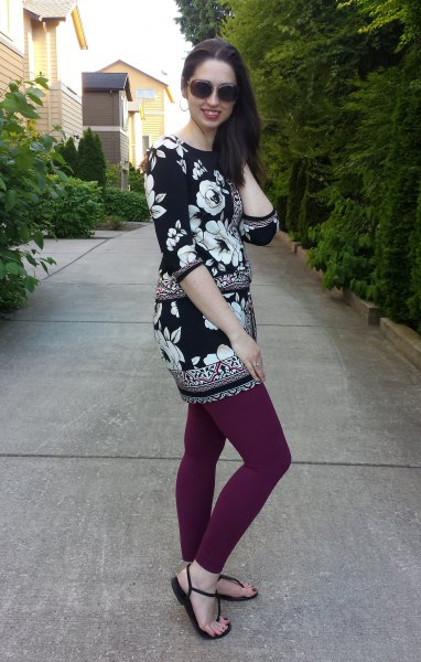 black and white floral printed tunic top with grey leggings