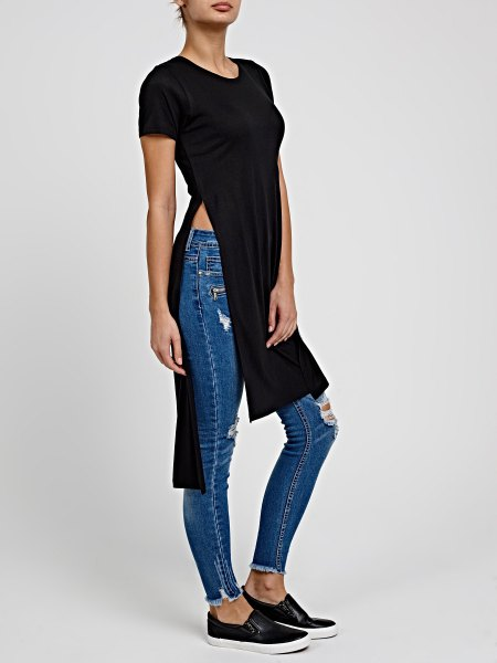 black long t shirt with canvas sneakers