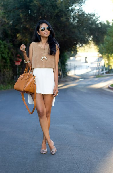 aa1b8d57329 How to Style White Mini Skirt  15 Refreshing Outfit Ideas - FMag.com